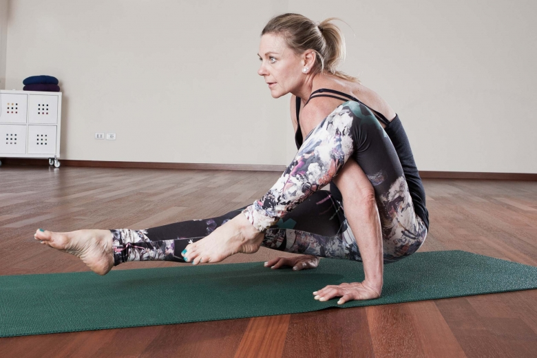 "Jñāna Yoga tradizione ""Hahoutoff"""